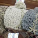 ボンボン付きニット帽 ¥1995