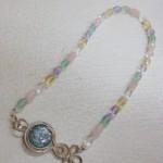 ローマングラスと天然石のネックレス