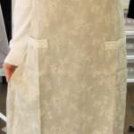 バラ刺繍エプロン